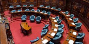 77 % de los uruguayos está de acuerdo en reducir el salario de los legisladores