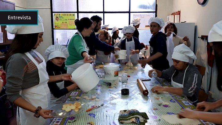 """""""Una fiesta de la profesión docente"""": Dos propuestas de la Feria de Buenas Prácticas en Educación"""