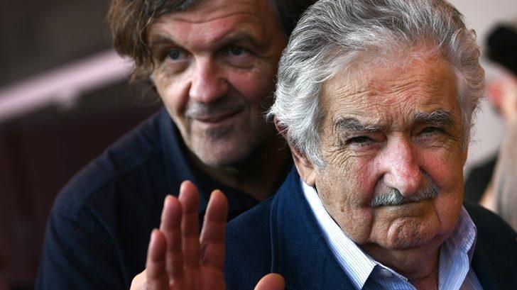 Dos películas vinculadas a Uruguay se estrenaron con buen suceso en el Festival de Venecia, aunque generarán división