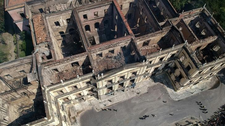 Incendio del Museo Nacional de Río de Janeiro: Una tragedia cultural con vinculaciones políticas