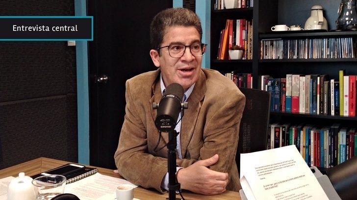 Próximo Gobierno seguramente deba recurrir a un aumento de impuestos al consumo y a los ingresos personales para cerrar el déficit fiscal, según Pablo Rosselli