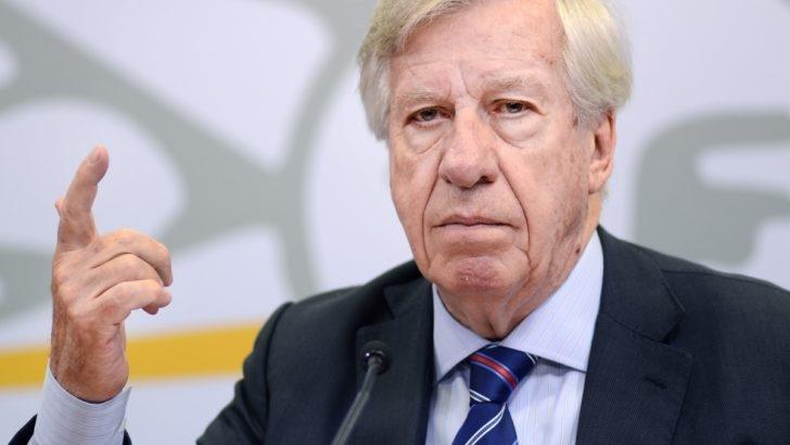 Fitch ratings baja perspectiva de la deuda uruguaya a negativa