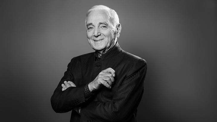 Eduardo Rivero repasa la carrera del fallecido Charles Aznavour