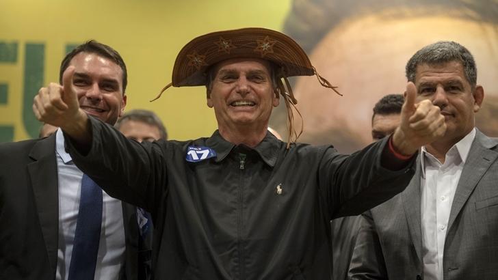 Bolsonaro no abandonaría el Mercosur, pero no nombró a Tabaré Vázquez entre los presidentes del bloque con los que quiere reunirse