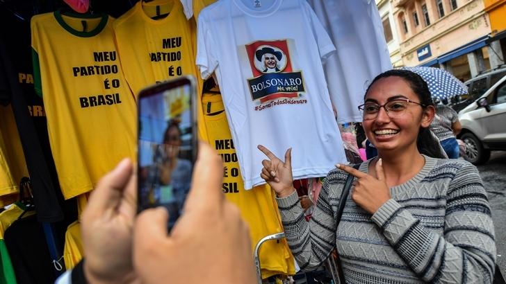 El mercado brasileño reaccionó con «euforia tremenda y sorprendente» a la ventaja de Bolsonaro en las elecciones