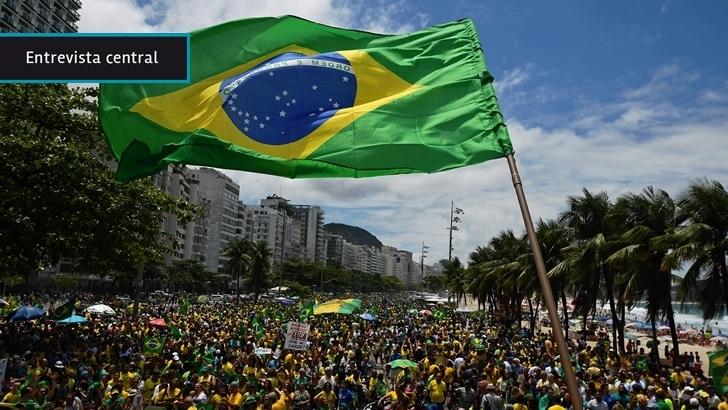 El fenómeno de las <em>fake news</em> en la campaña electoral de Brasil: Un <em>kit gay</em>, una puñalada puesta en duda y por qué es fundamental chequear las noticias