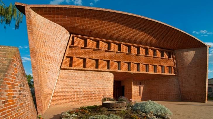 Fundación Eladio Dieste da una cena a beneficio para presentar la iglesia de Atlántida como Patrimonio de la Humanidad