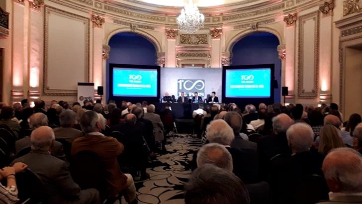 Fernando Savater y el argentino Carlos Pagni disertaron sobre el futuro del periodismo