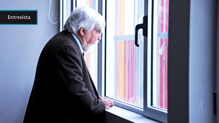 Eduardo Bonomi: «Los tabacaleros me empujaron y también a la ministra Cosse, me sacaron para un costado. Lo que hice fue volver al lugar en el que estaba»