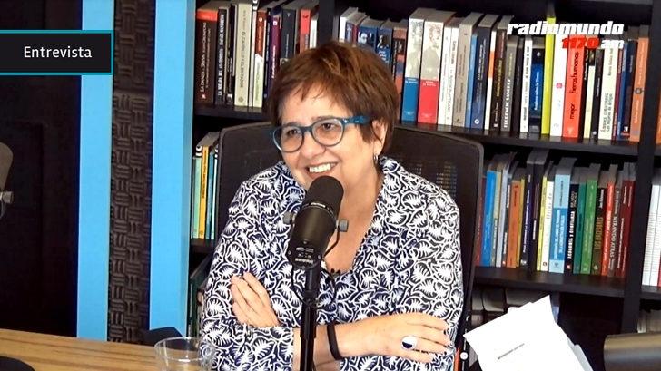 Antes de su nuevo recital, un repaso por la carrera de Laura Canoura