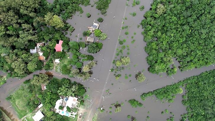 Jorge Gandini sobre las inundaciones: «El país tiene que tener un fondo para este tipo de emergencias climáticas, no andar buscando»
