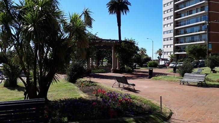 Los ojos de Rosario: La plaza Gomensoro en proceso de mejora