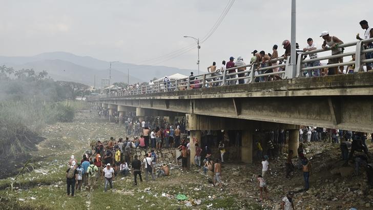 La tensión continúa en la frontera entre Colombia y Venezuela luego de un fin de semana de choques