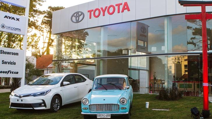 AYAX inauguró su primer <em/>showroom</em> y <em/>service</em> oficial Toyota en Punta Del Este