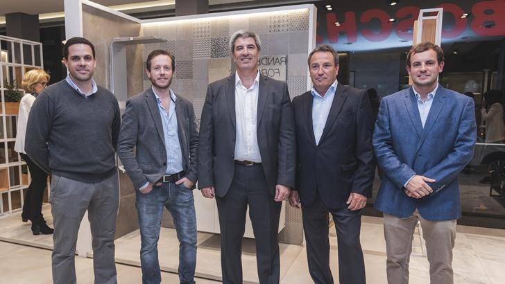 <em/>Bosch & Cía. </em> realizó la presentación de su renovado salón de exposición