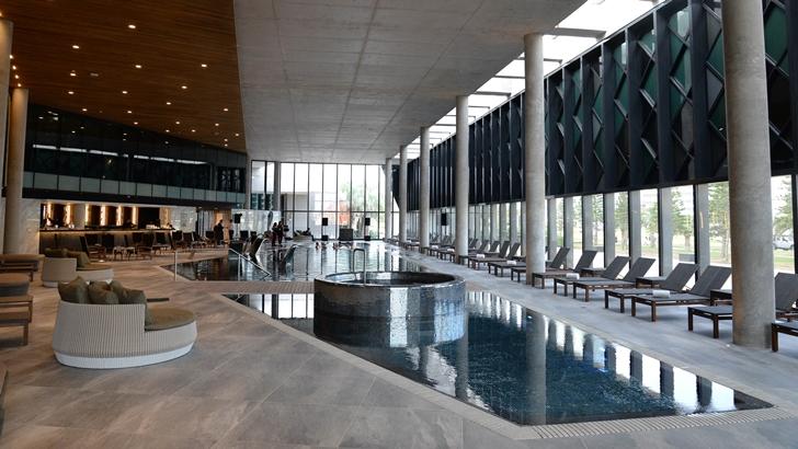<em/>Enjoy Punta del Este </em> inauguró una amplia y moderna piscina climatizada