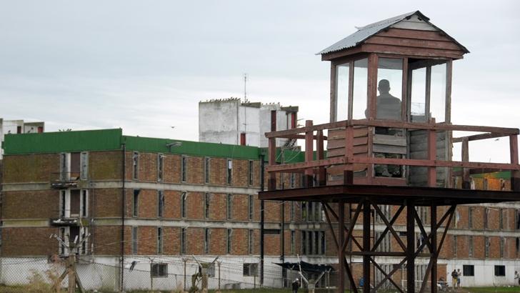 """Sciarra (Mides): Entrega junto al INR de canastas alimentarias al Comcar es un """"plan piloto"""" que puede ser la """"puerta de entrada"""" para iniciar asistencia a reclusos y sus familias"""