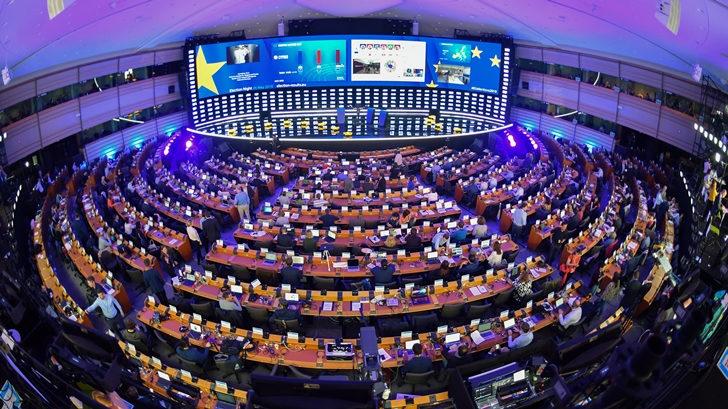 Fragmentación e inestabilidad en el Parlamento Europeo por aumento de euroescépticos, ultraderechistas y Verdes