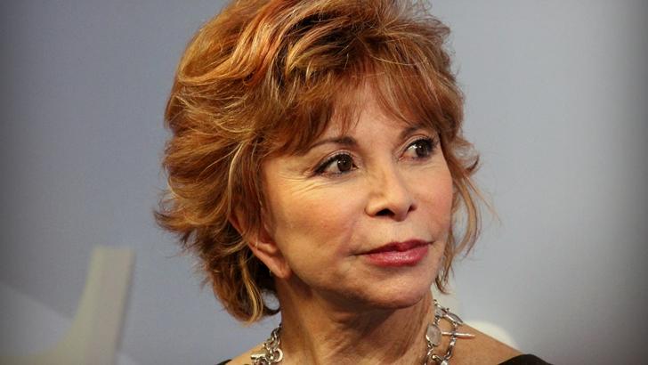 <em>Largo pétalo de mar</em>, de Isabel Allende