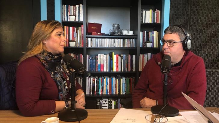 <em>Un mate con</em> María Elisa Areán, directora del MAM (La Canoa T02P63)