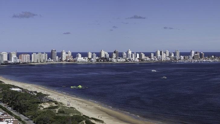 Ecos de la crisis argentina: Aumentan consultas por propiedades en Uruguay