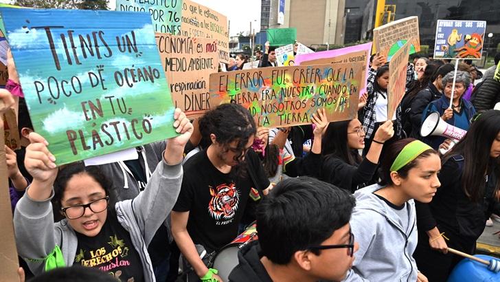 Millones de activistas marcharon por las calles del mundo por el cambio climático