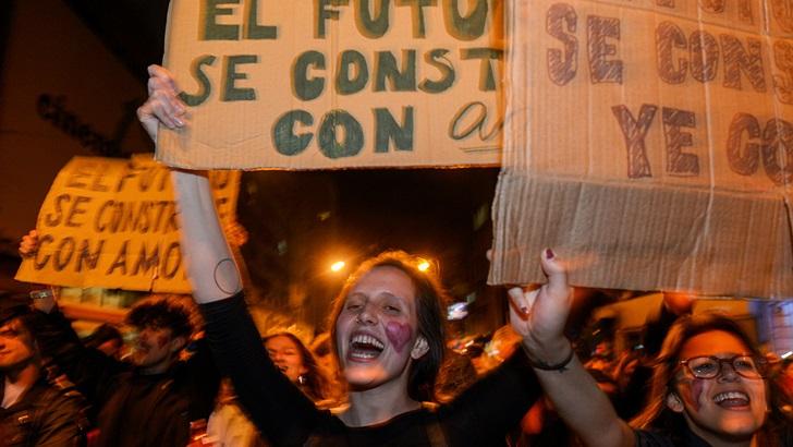 Marcha de la Diversidad incluyó rechazo a la reforma Vivir sin Miedo