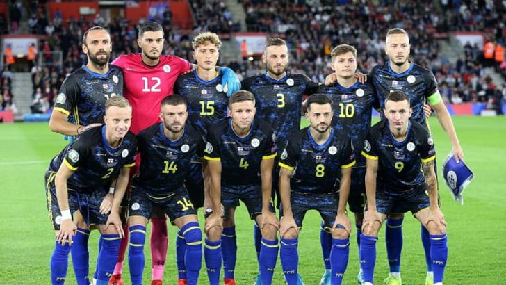 El fútbol en Kosovo, con Juan Manuel Montoro y Adnan Ahmeti (PDA T05P156)