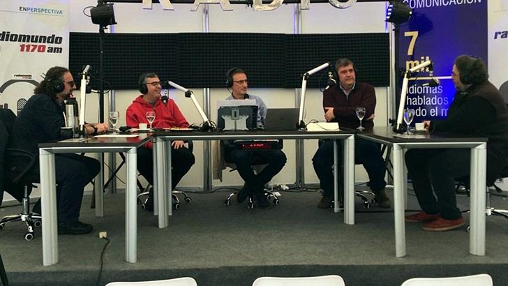 <em>Rueda</em> con Pedro Peña, Fernando Rius y Mauricio Marra, referentes de la cultura de San José  (La Canoa T02P116)