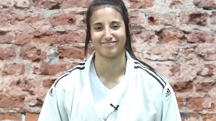 Contacto con Romina Cestari sobre el Panamericano de Jiu-jitsu en Uruguay (PDA T05P170)