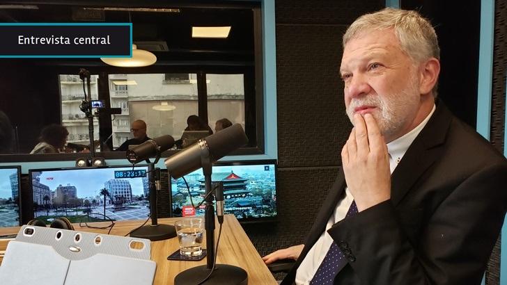 Roberto Kreimerman dejó el FA por discrepancias con política económica y TLC. Ahora desde Unidad Popular propone plan de desarrollo industrial que genere valor a la producción local