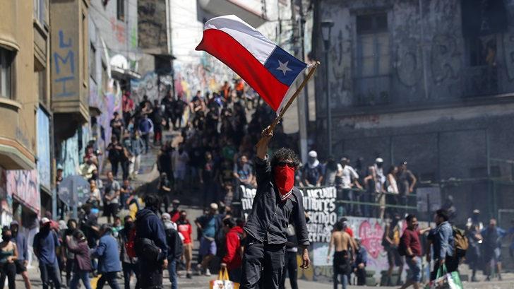 Clase política busca unidad para combatir violencia en Chile: «Se reunirán unos pocos, que además representan a pocos»