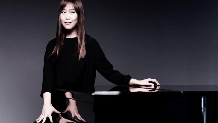 La pianista coreana Yeol Eum Son se presenta en el Teatro Solís