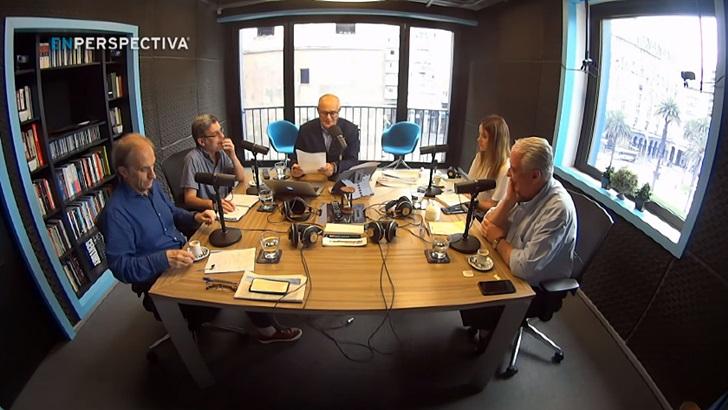 """Martínez dijo que programa «no lo mandata» y Mujica opinó que un """"presidente no es dios"""""""