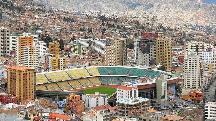 La situación de Bolivia y el fútbol, con el sociólogo Sergio Villena (T05P199)