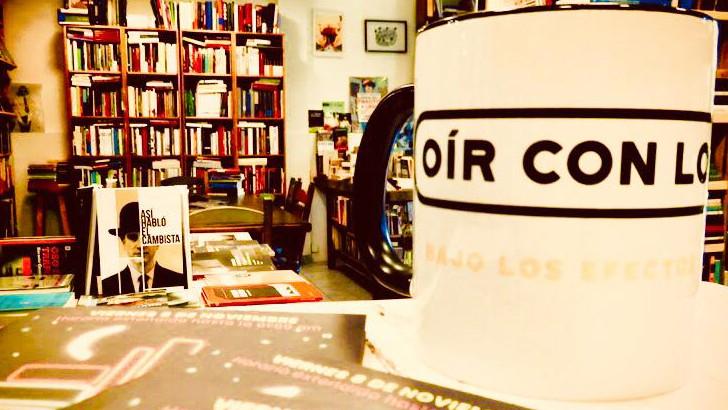 <em>Oír con los ojos</em> T03P30 Desde librería Las Karamazov