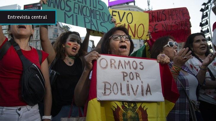 En Bolivia ocurrió «un golpe de Estado que tiene dos salidas posibles: la sucesión constitucional o lo que plantean los radicales, formar un gobierno provisional», dice especialista