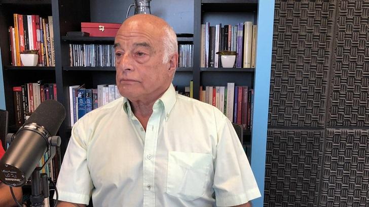 Entrevista al sociólogo Rafael Bayce sobre violencia en el fútbol (T05P219)