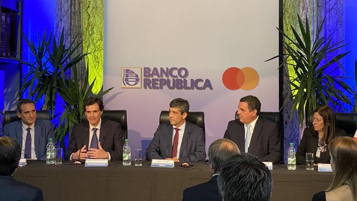 BROU y Mastercard reafirman alianza para potenciar su oferta de medios de pago
