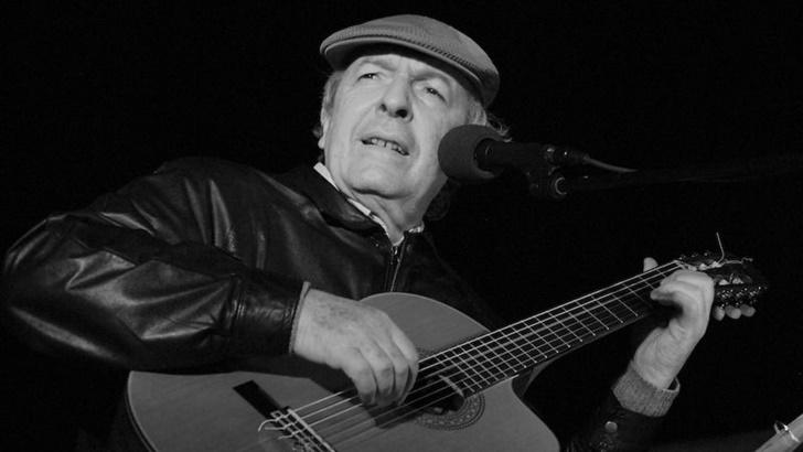 En <em>Aquellas voces</em> sonó la voz del músico Daniel Viglietti (La Canoa T02P172)