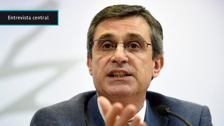 """Álvaro García: """"El próximo gobierno decidirá si hace el ajuste"""", pero """"la salud de las empresas públicas es buena"""" y es posible """"absorber el aumento de salarios"""" sin subir tarifas"""