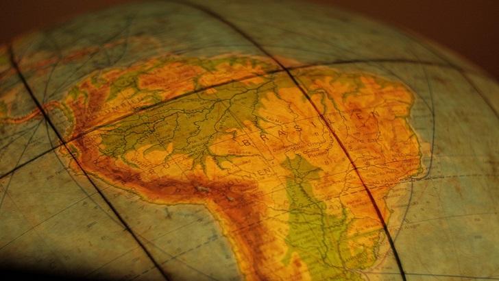 América Latina y su economía política (La Hora Global T01P77)