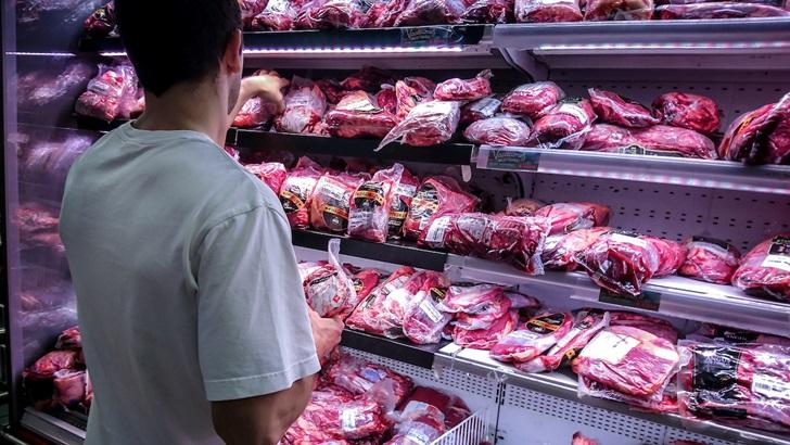 ¿Por qué la fiebre porcina en China puede provocar el cierre de carnicerías en Uruguay?