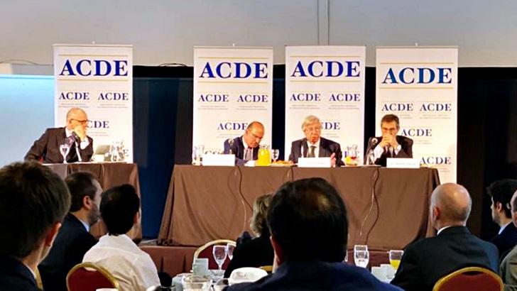 Foro de ACDE: En su despedida, el equipo económico del tercer gobierno del Frente Amplio destaca las «fortalezas» que «hemos construido entre todos»