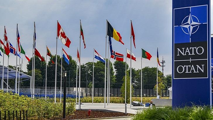 Legislatura española , la OTAN y el clima (La Hora Global T01P74)