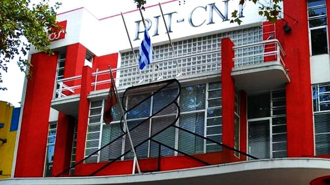 Decisión de homenajear a Vázquez generó diferencias dentro del PIT-CNT