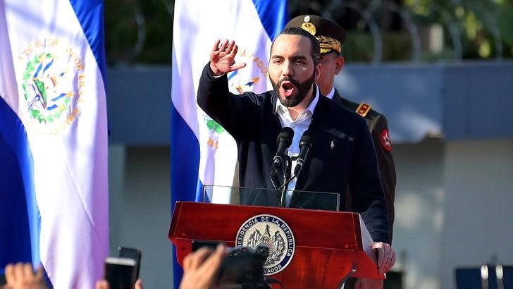 El Salvador: ¿Rumbo a un colapso democrático?