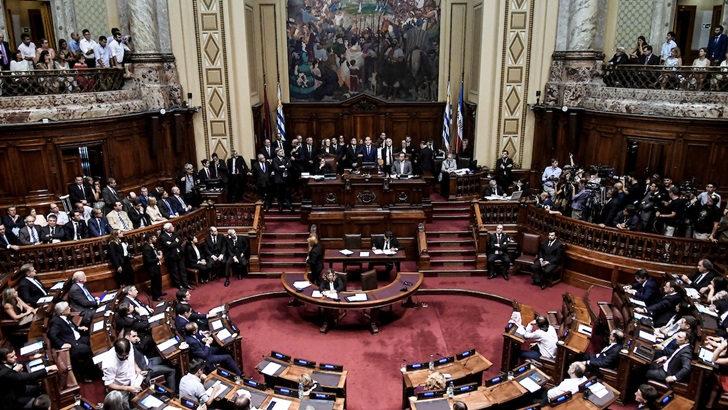 En una sesión tensa, Diputados aprobó ayer la interpelación a cuatro ministros por el contrato del Estado uruguayo con UPM