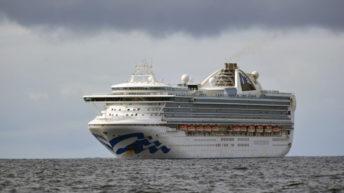Benjamín Liberoff, exsubsecretario de Turismo, está varado hace dos semanas junto con otros 13 uruguayos en un crucero en aguas del Pacífico
