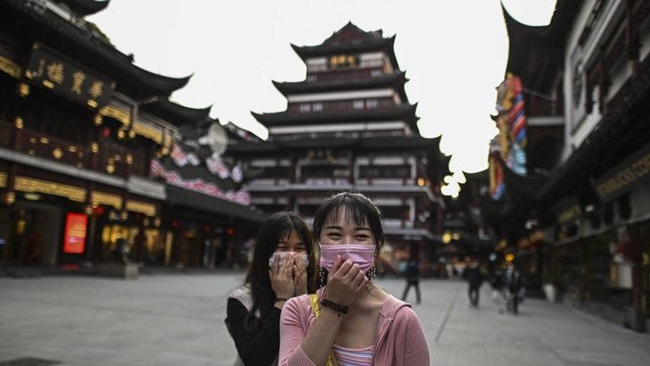 ¿Cómo hizo China para «aplanar la curva» del nuevo coronavirus?